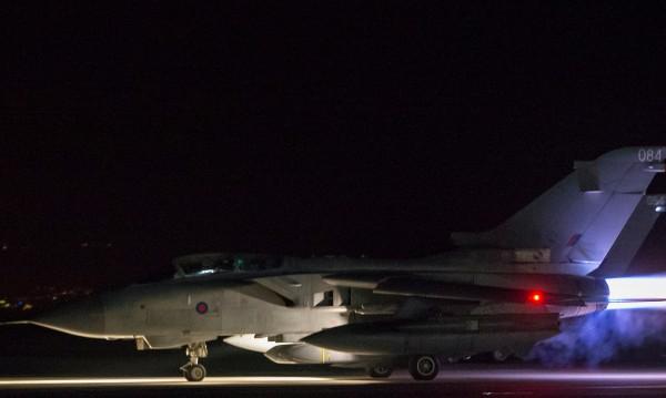 Ударът в Сирия – с икономически цели, търсят петрол!