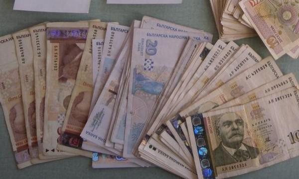 Сметката: Срещу 5 бона месечно се подписват 33 хил. българи