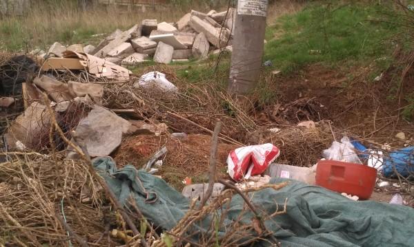 """Площад """"Виктория"""" – победа на боклука над уредиците"""