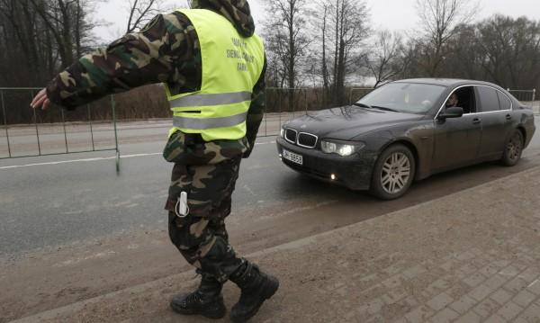 Естонски министър хвърли оставка – карал пиян
