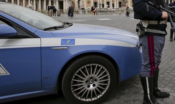 Ромка хваната да краде за 51-и път в Рим: Това ми е работата!