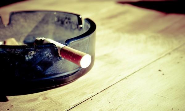 Ангелкова vs. Симеонов: Забраната за пушене не гони туристи!