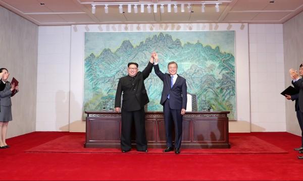 Ким от Южна Корея: Ние сме един народ, една кръв!
