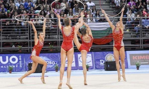 Ансамбълът ни със сребро в Баку, Катрин Тасева стана четвърта