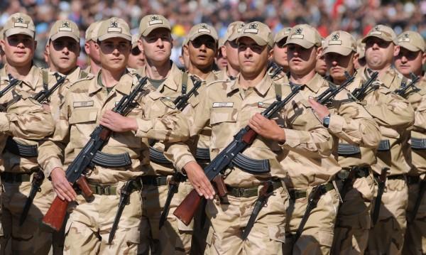 Армията ни: Боеспособна – със стара техника и липса на бойци!