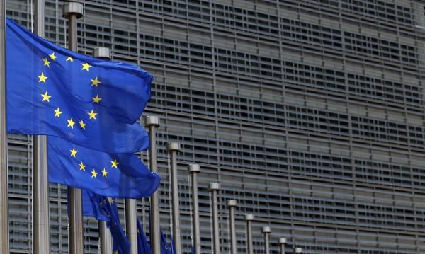27 посолства от ЕС отварят за българи