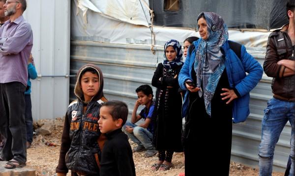 Плащаме покупките с поглед – опитната площадка е в бежански лагер