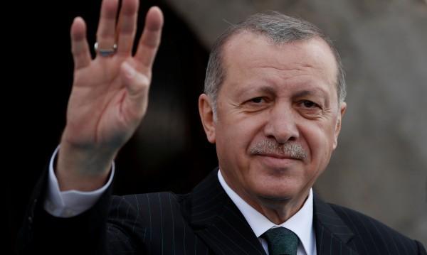 4 партии в Турция в съюз – в противовес на Ердоган