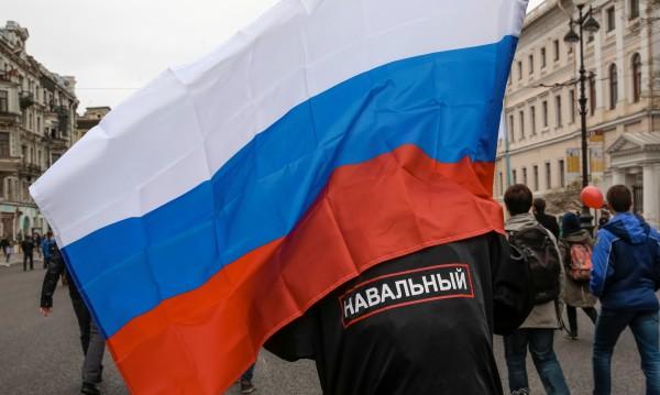 Пуснаха Навални от ареста след протестите срещу Путин