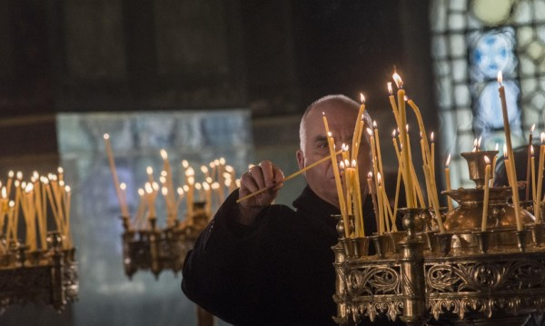 На държавна субсидия – единствено за православни и мюсюлмани!