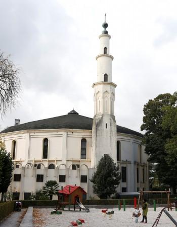 Проповядват джихад в централната джамия в Брюксел