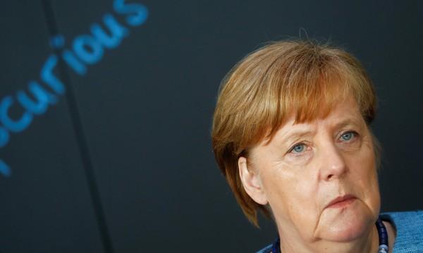Меркел съжали за решението на Тръмп за иранската ядрена сделка