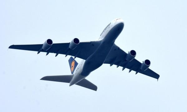 Жената пилот, спасила 200: Мъжът ми трябваше да пилотира