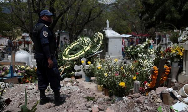 Само за месец: 15 политици убити в Мексико!
