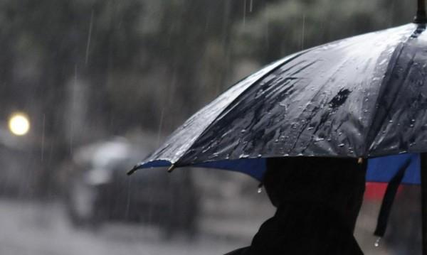 Майско време: Облаци, дъжд, гръмотевици...