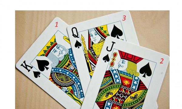 3 карти разкриват как да бъдете щастливи. Изтеглете си!