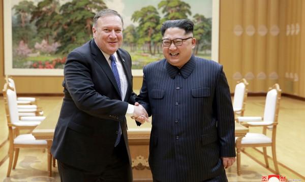 САЩ готови с помощ за Пхенян, но под условие