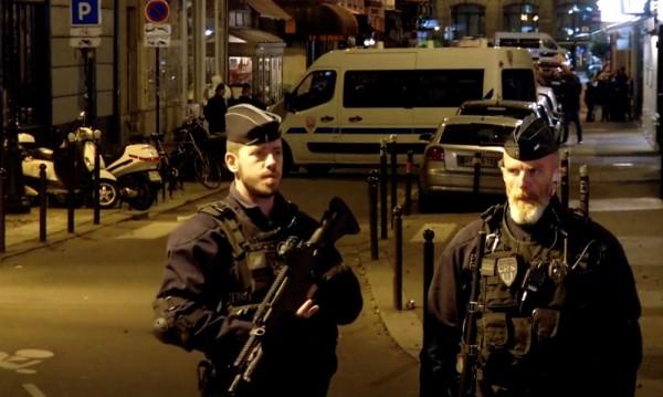"""Нападателят в Париж викал: """"Алах Акбар"""""""