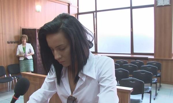 Габриела си остава в ареста: Още 72 часа за побойничката