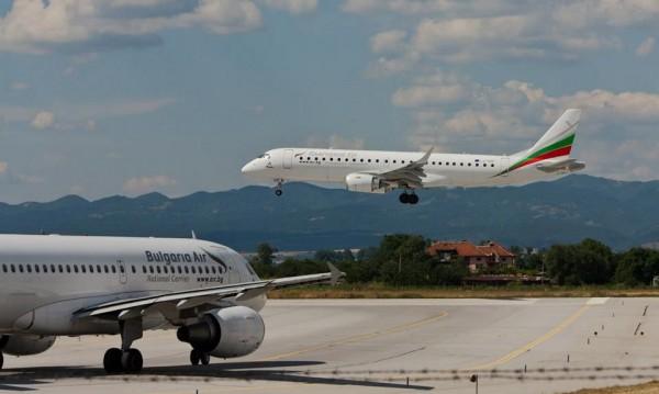 """""""България Ер"""" предлага полети до три града в Южна Франция"""