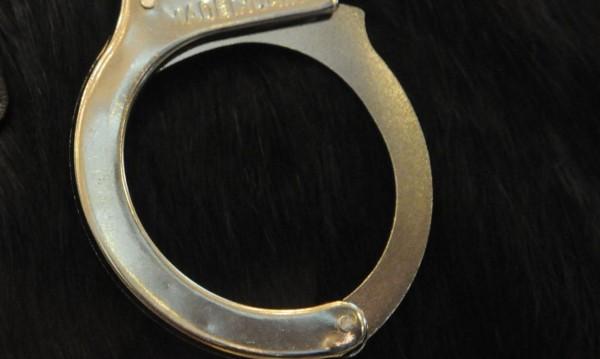 Пак за кражба: Задържаха 28-годишен с 45 регистрации