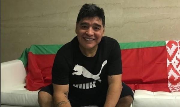 Марадона – футболен президент, ще работи в Беларус