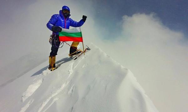 Премиерът за Боян и до Радослава: Поклон!