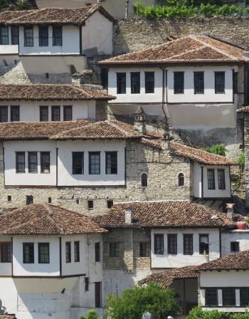 Западните Балкани все още не са преодолели инерцията от миналото