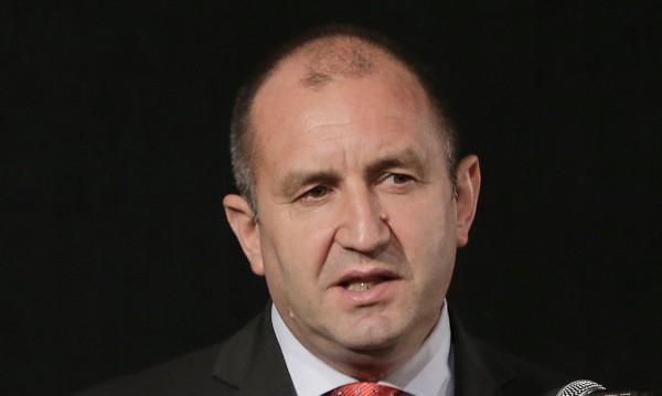 "Радев поиска руски газ по... ""Български поток"" през Черно море"