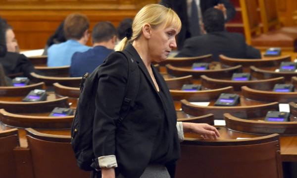 Йончева за осъдения Борисов: Искам си парите!