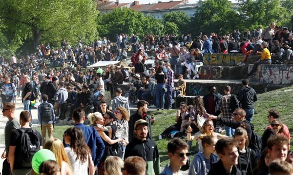 Над половината българи: Принадлежността към ЕС е добро!