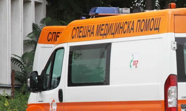 Училищен бус катастрофира край Враца, има ранени деца