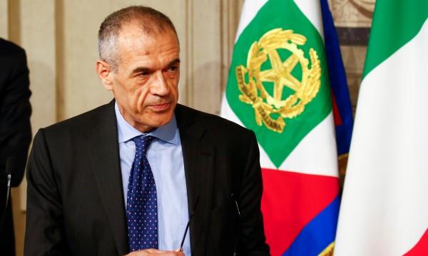 Карло Котарели натоварен да състави правителство в Италия