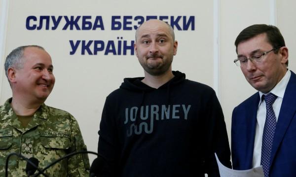 """""""Убитият"""" журналист – пропагандата на Москва и Киев"""