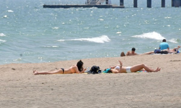 1 млн. българи се питат: Къде морето ще ни излезе по-солено?