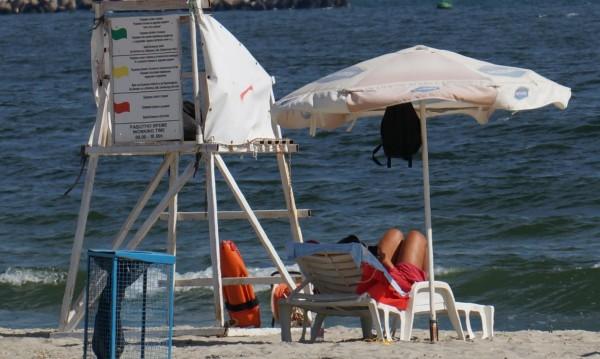 Дежурни лекари на варненските плажове до 30 септември