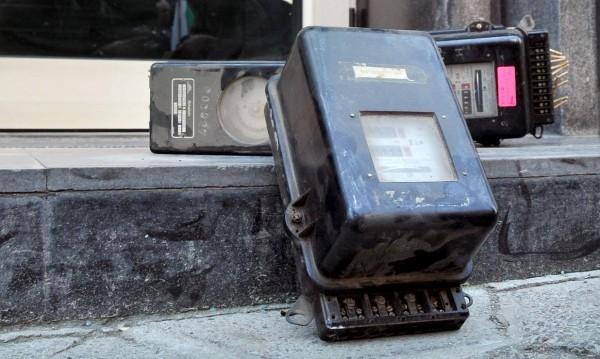 Общинар от ДПС заловен да краде ток в Галиче
