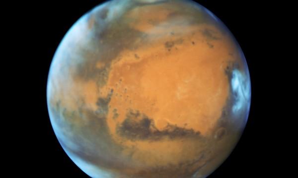 През лятото Марс ще е най-близо до Земята от 15 години