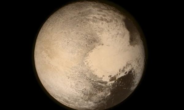 """Сондата """"Нови хоризонти"""" разкри метанови дюни на Плутон"""