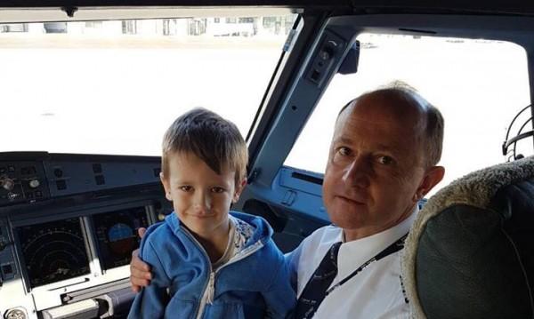България Ер изненада най-малките си пътници в Деня на детето