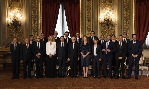 Щедри обещания и кошмар за Европа - кабинет от новаци в Италия