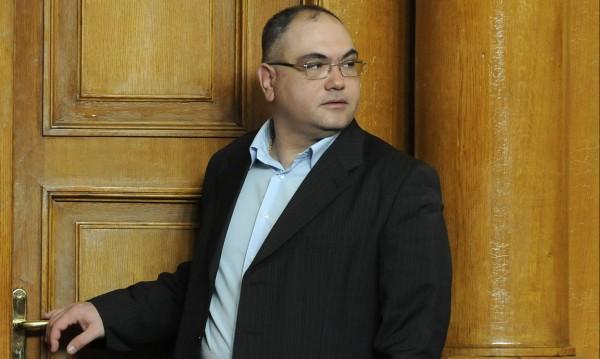 Уставът е спазен: Владо Кузов – член на ДПС!