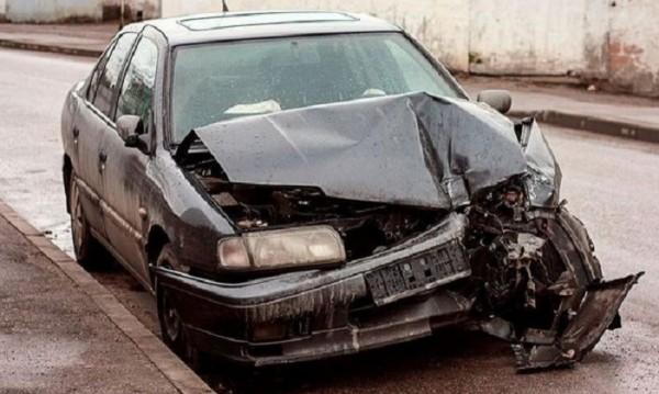 Стари, нови, малки, големи? 5 мита за безопасността на колите