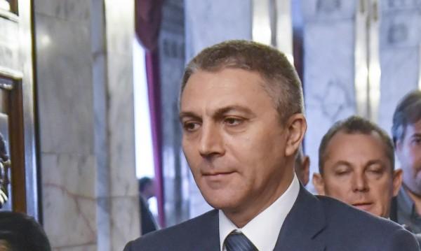 Ахмед баир – Антонов рид: ДПС и ОП на нож заради смяната на имената