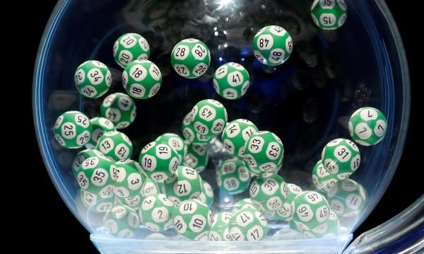 1 на 16 млрд.: Французин печели два пъти по €1 млн. от лотария