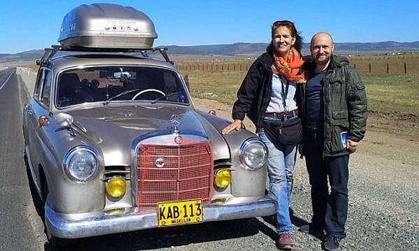 Колумбийка обиколи половината Земя със стар Mercedes