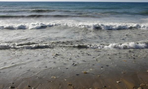 """Средиземно море става """"море от пластмаса"""""""