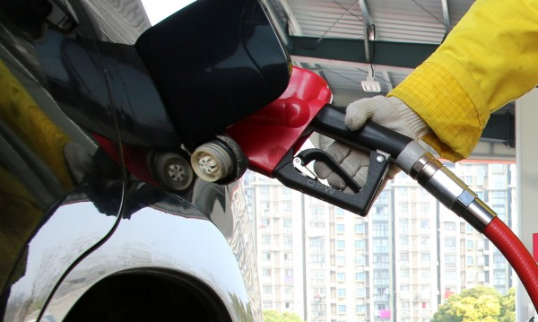 Евродепутати и срещу двойния стандарт при горивата