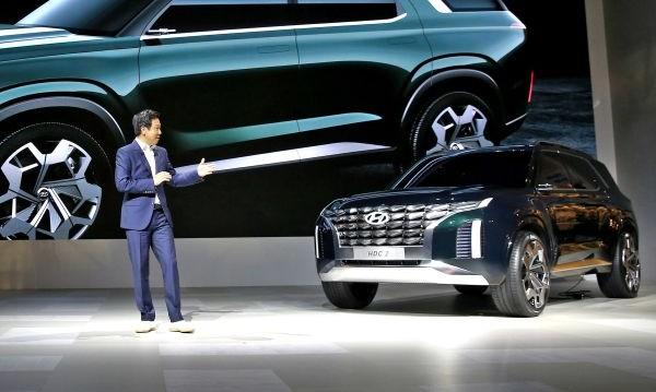 Hyundai показа футуристичен кросоувър