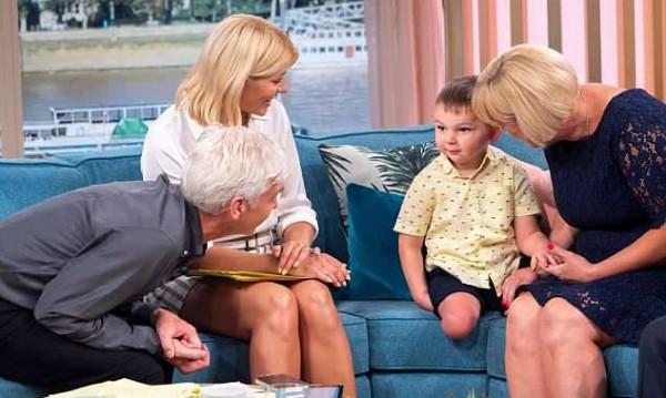 Да родиш и да отнемеш: Родители причиниха ампутация на краката на детето си